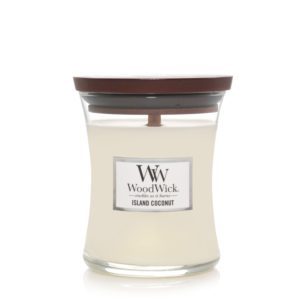 candle island coconut scent
