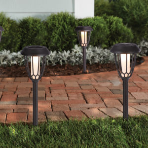 colour chaging 4 pack solar lighting